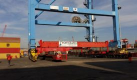 Spostamento e cambio scartamento gru STS al porto di Napoli
